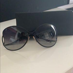 Like new authentic Fendi sunglasses